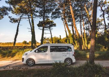 Location d'un van aménagé à Rennes : les avantages de partir après l'été !
